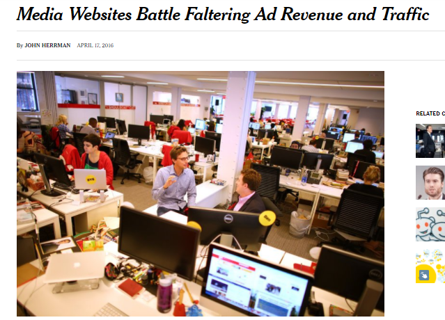 La batalla por los ingresos publicitarios del tráfico web (Fuente: http://www.nytimes.com/2016/04/18/business/media-websites-battle-falteringad-revenue-and-traffic.html?_r=0)